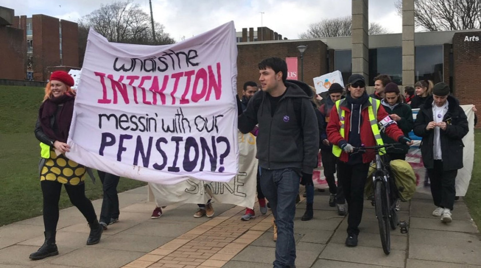 What is going on with the UCU strikes? page banner